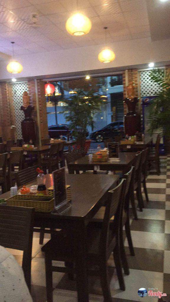 Quán Ăn 06 - Cao Lầu, Mì Quảng & Bánh Tráng Thịt Heo